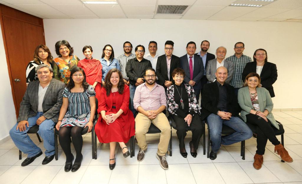Participantes del coloquio y red nacional por la AMIDI (2016).